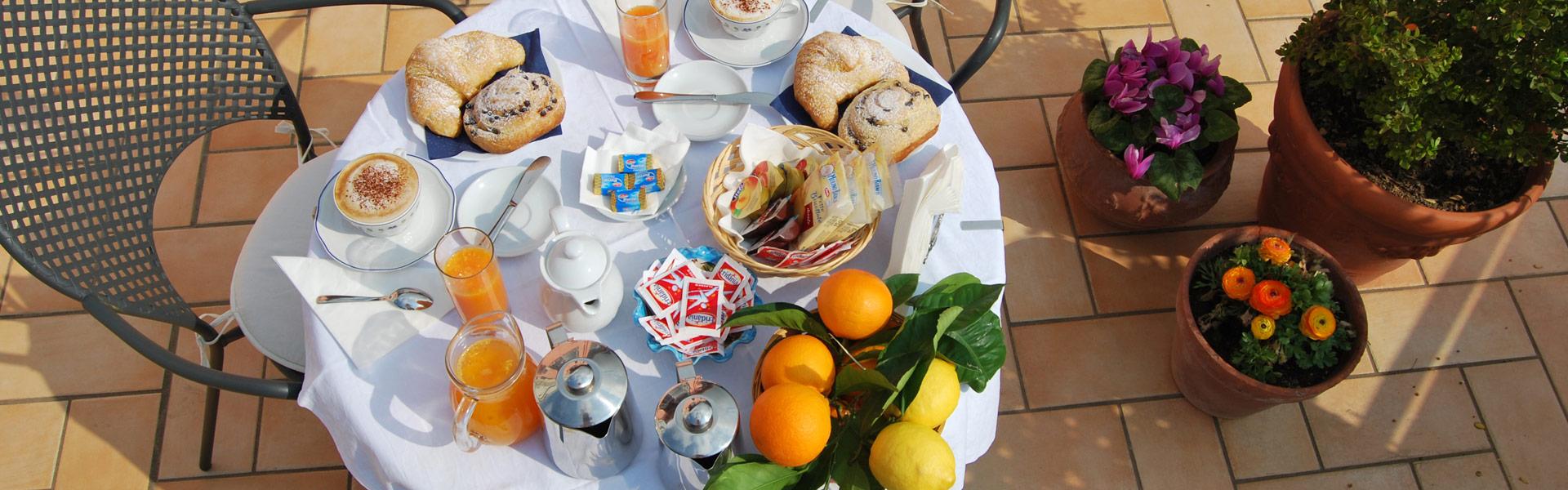 colazione-in-terrazzo